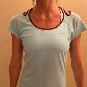 Women's Nike Size Medium Dri-Fit Shirt
